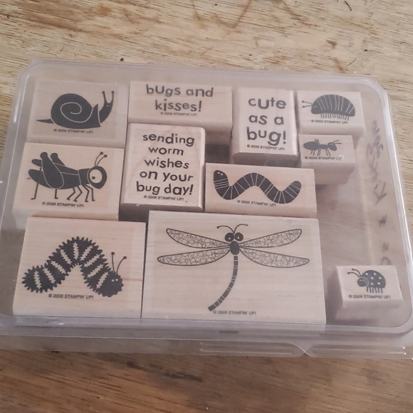 Bugs and kisses stamp set